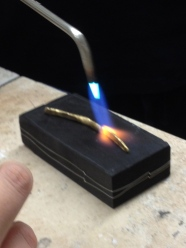 Jewelry Arts Institute - annealing a 22kt gold ingot
